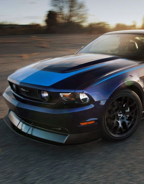 This 2014 Ford Musta